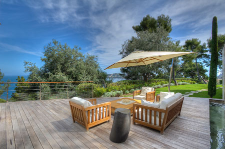 Intimate outside decking space at Villa 'O'