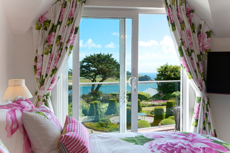 Moonrakers by St Mawes Retreats. This stunning 5 star accommodation sleeps 12