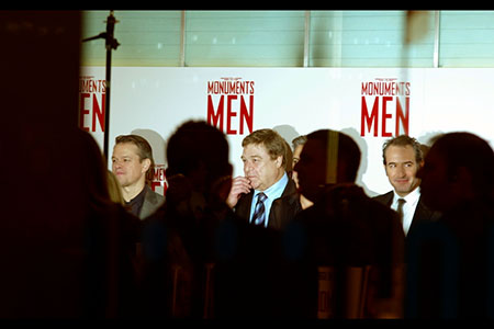 EL-Monuments-Men-Damon-Goodman-Dujardin_w