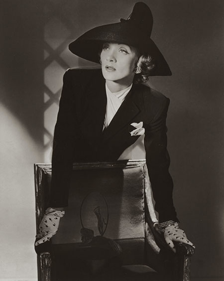 7._Marlene_Dietrich_New_York_1942__Conde_Nast_Horst_Estate